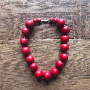 Vintage 1950s Red Wooden Beaded Necklace